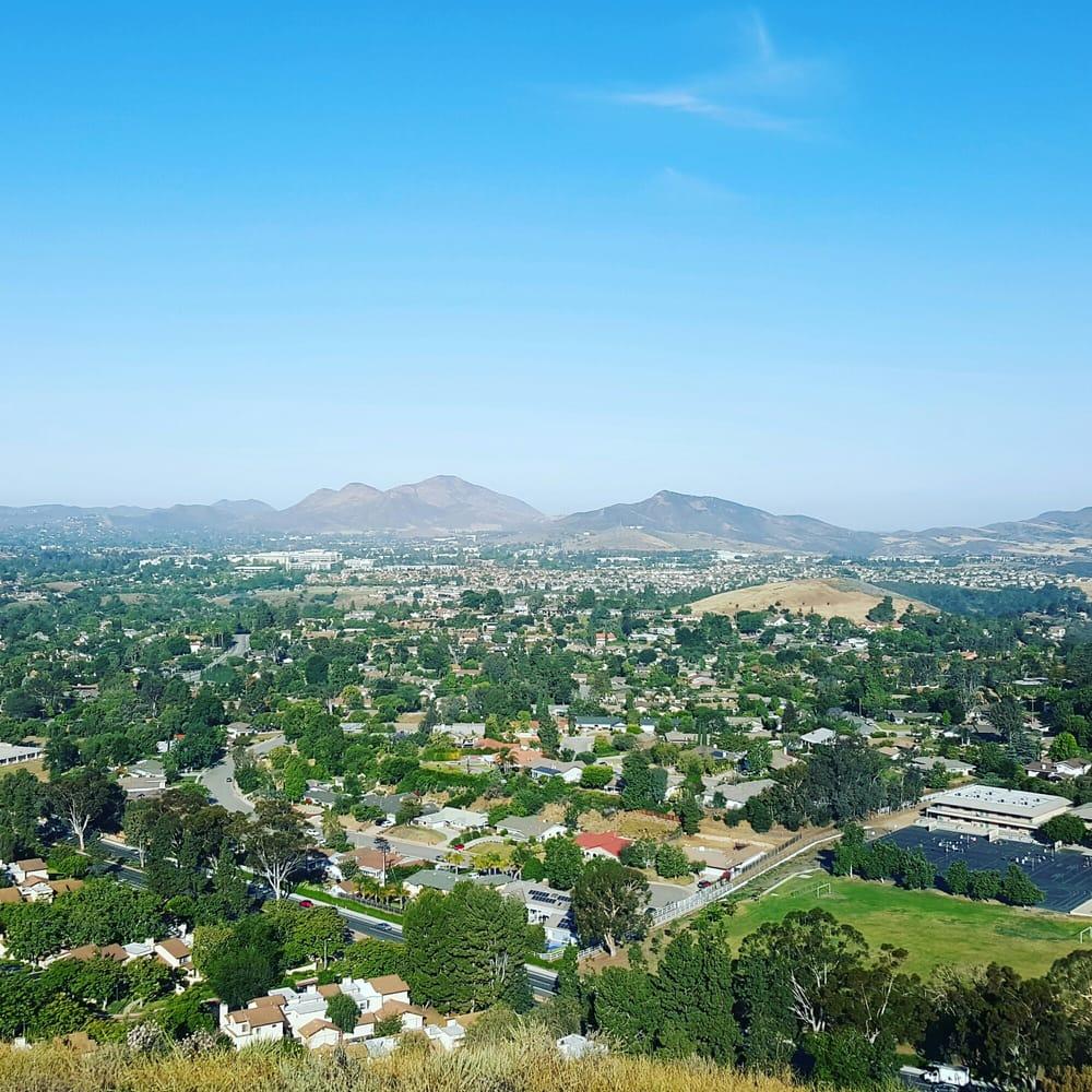 Tarantula Hill: Gainsborough Rd, Thousand Oaks, CA
