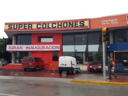 Super colchones tienda de muebles ave chapultepec 629 guadalajara jalisco n mero de - Casa de colchones ...