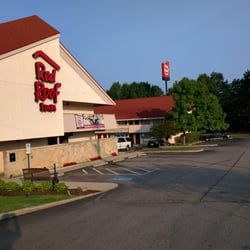 Red Roof Inn Cleveland East Willoughby 25 Reviews Hotels 4166 State Route 306 Oh Phone Number Yelp