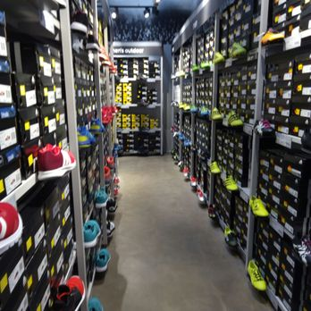 popular brand detailed images amazing price adidas Factory Outlet - Outlet Stores - Alter Spandauer Weg ...