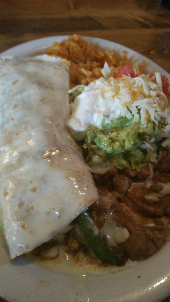 Los Rodeos Mexican Bar & Grill: 932 Indian Mound Dr, Mount Sterling, KY