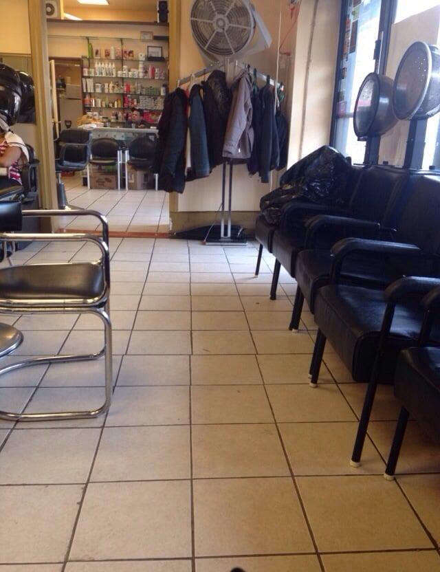 The salon space yelp for A la mode salon brooklyn