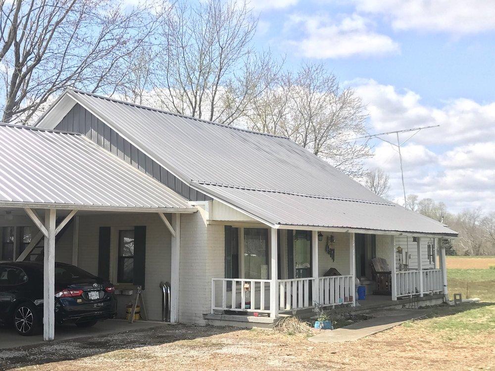 Likens Roofing: 370 Bradley Hollow Rd, Lafayette, TN