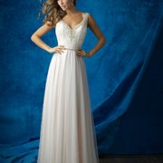 c75e495d4ced ... Photo of La Belle Vie Bridal Boutique - Bettendorf, IA, United States
