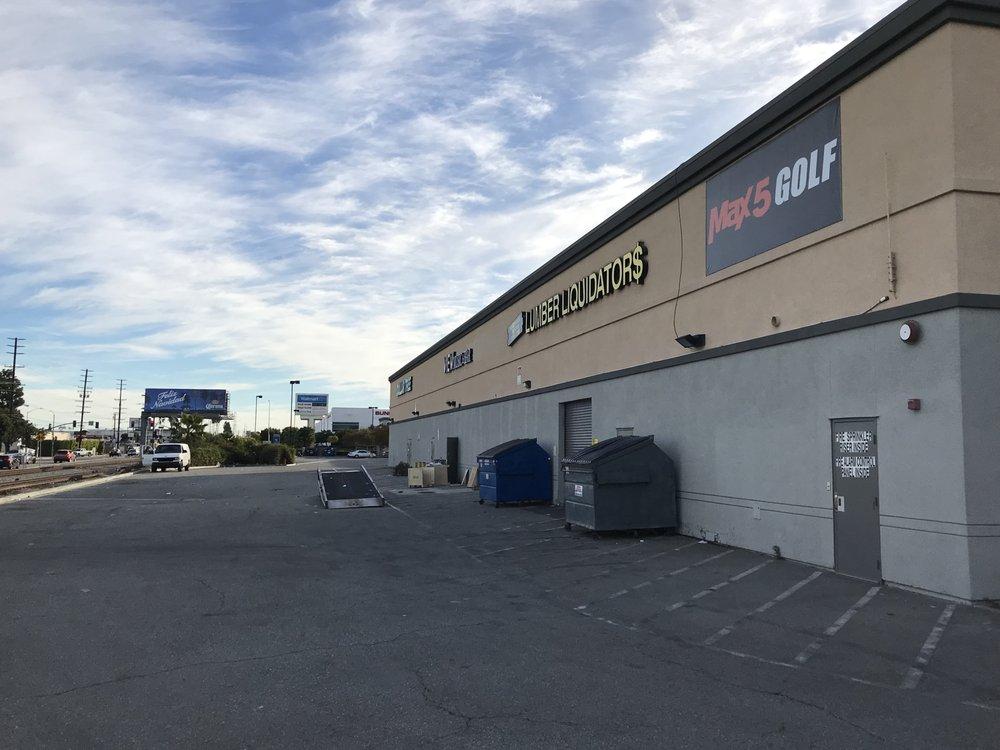 Max 5 Sports & Golf Shop: 1431 W Knox St, Torrance, CA