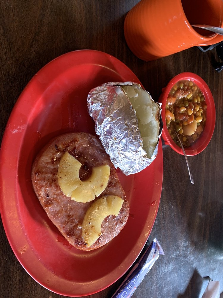 Isaack's Restaurant: 1606 Main St, Junction, TX