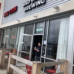 bad dream brewing 12 reviews breweries 116 danbury rd new rh yelp com