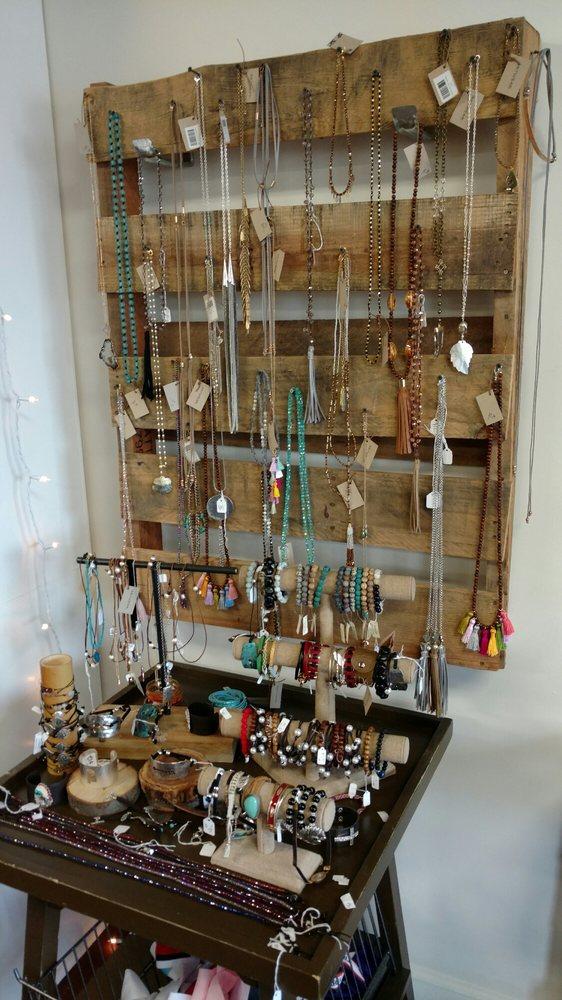 Frou Frou Boutique: 8919 Alabama 119, Alabaster, AL