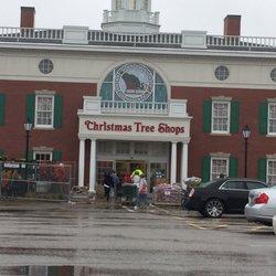 christmas tree shop closed 13 photos 13 reviews home decor