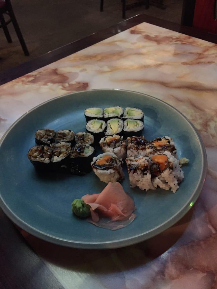 Sakura Japanese Steakhouse: 2696 Harrison St, Batesville, AR