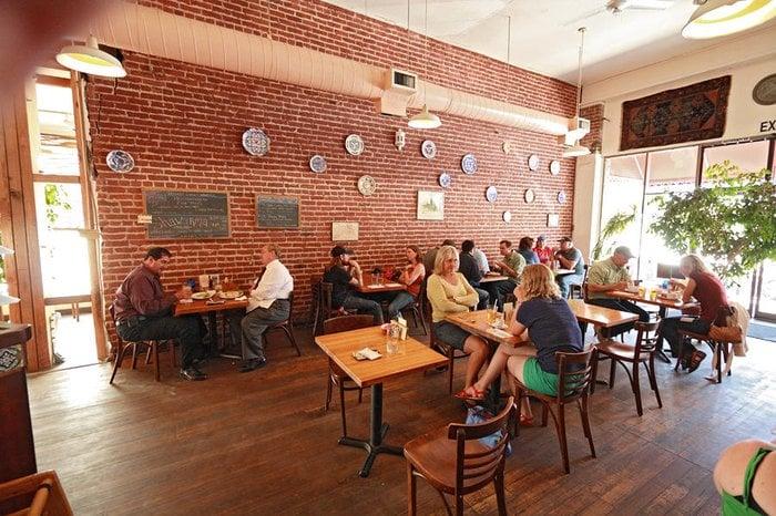 Aram S Cafe CLOSED 40 Reviews Restaurants 131 Kentucky St Petaluma