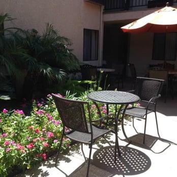 Howard Johnson Hotel Suites By Wyndham Reseda 34 Photos 76 Reviews Hotels 7432 Blvd Ca Phone Number Yelp