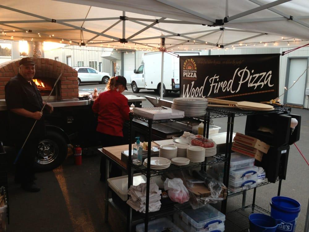 Fire 'n Slice Brick Oven Pizza: Salem, OR