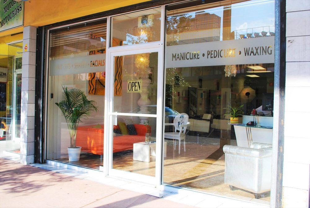 Cabellos Beauty Salon