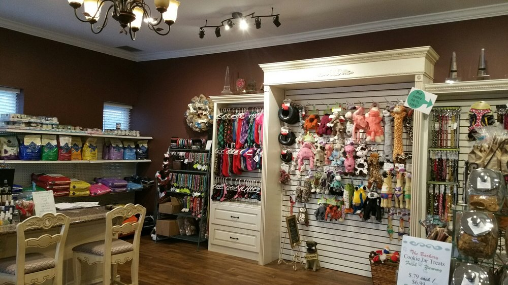 A Fortunate Dog Spa: 3304 Montgomery Rd, Loveland, OH