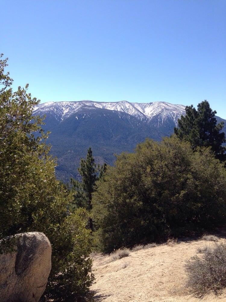 Pine knot trail foto raflar yelp for Cabine di noleggio in big bear ca