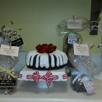 Nothing Bundt Cakes 266 Photos 401 Reviews Bakeries 5624