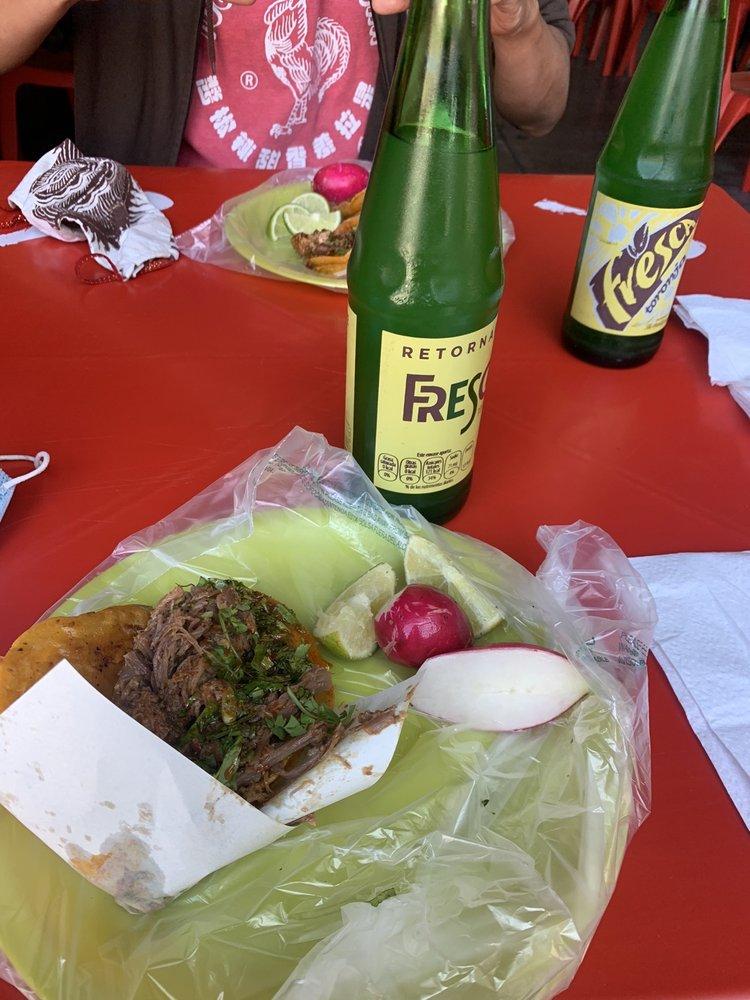 Tacos Fitos: Francisco Javier Mina 1513, Zona Urbana Río Tijuana, BCN