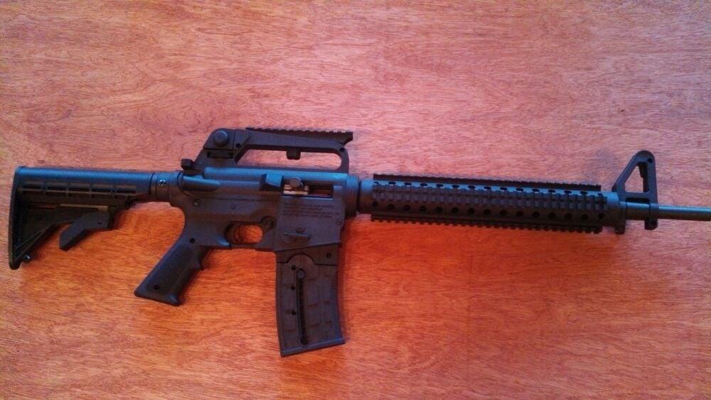 Triggers Gun Shop: 510 E 3rd St, Wauzeka, WI