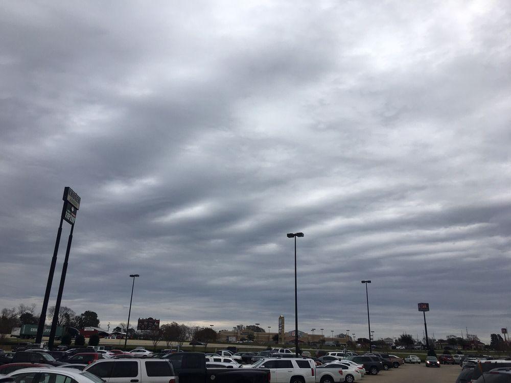 Kroger: 12605 I-45 N, Willis, TX