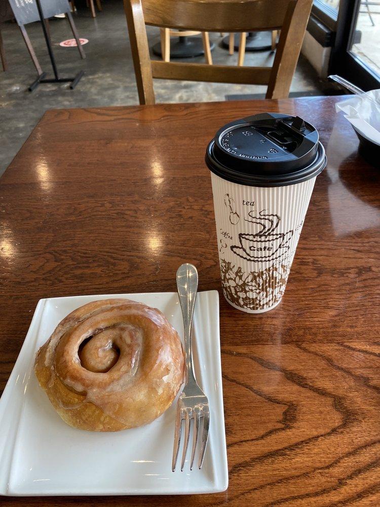 Baker's Sweets Bistro & Bakery: 129 E Main St, Lake City, SC