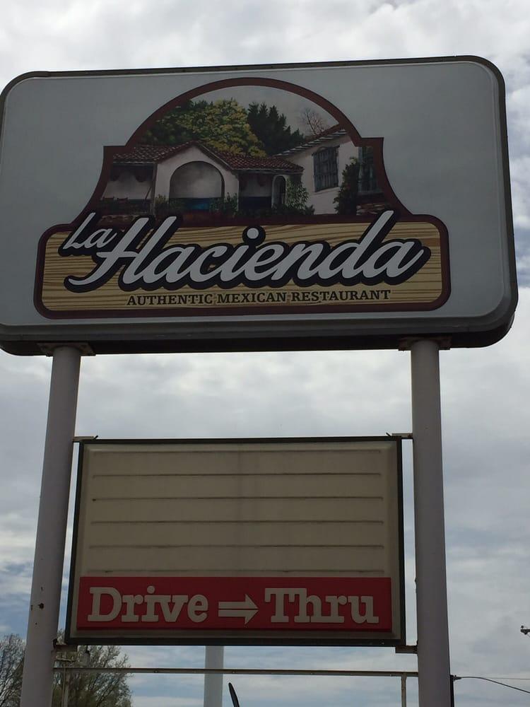 La Hacienda: 927 N Route 49, Casey, IL
