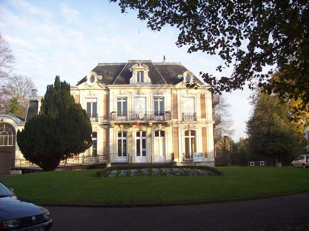 Parc barberousse parks 82 rue saint gabriel st for 82 rue brule maison lille