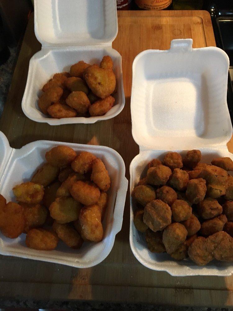 The Chicken Coop Cafe: 14015 N Main St, Somerville, TN