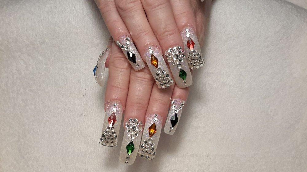 Phoenix Nails & Spa: 3330 Stadium Dr, Kalamazoo, MI