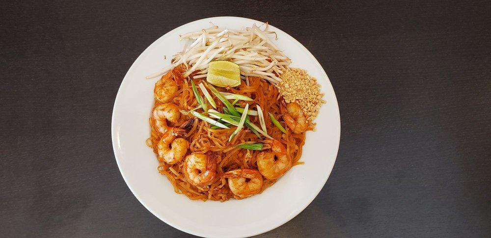 UD Thai Cuisine: 4810 E Ray Road Suit A-1, Phoenix, AZ