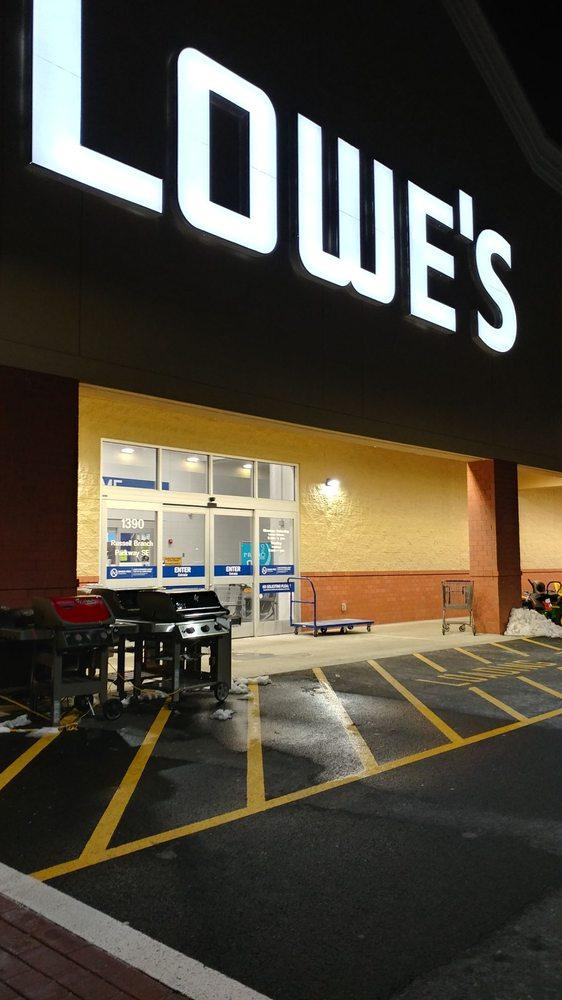 Lowe's: 1390 Russell Branch Pkwy SE, Leesburg, VA