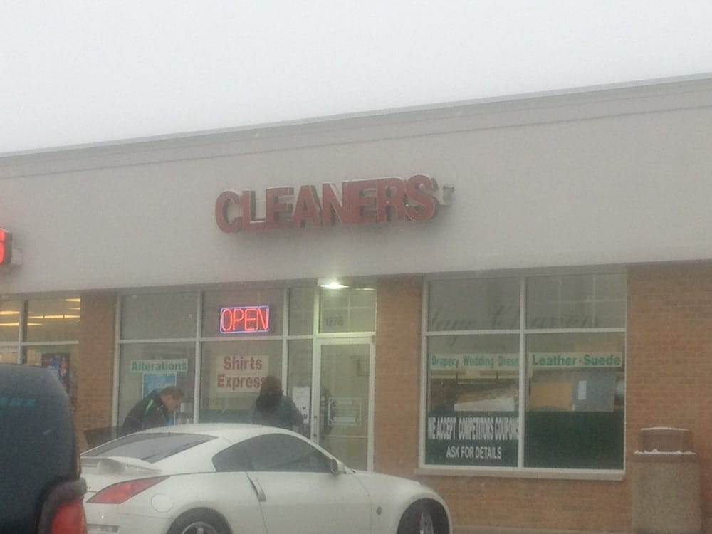 Village Cleaners: 1278 N Il Rt 83, Grayslake, IL