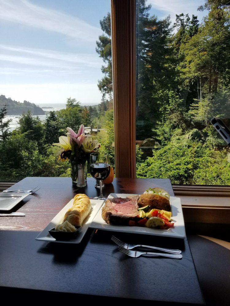 Sunset Restaurant: 27 Scenic Dr, Trinidad, CA