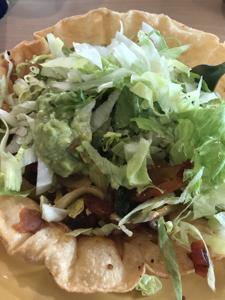 Lomita's Mexican Restaurant: 2223 5th Ave S, Fort Dodge, IA