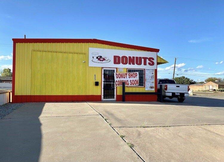 Donut Pro: 623 E Rte 66 Blvd, Tucumcari, NM