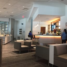 Delta Sky Club 56 Photos Amp 47 Reviews Airport Lounges