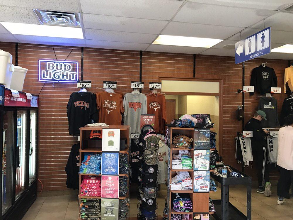 Flying J Travel Plaza: I 20 Exit 42, Pecos, TX
