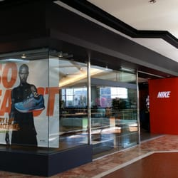 805753a8e9335 ... Photo of Nike Running - Costa Mesa