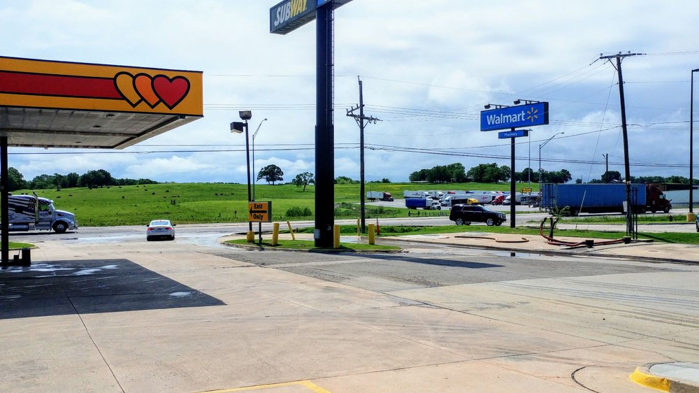 Love's Travel Stop #268: 1935 S Mississippi Ave, Atoka, OK
