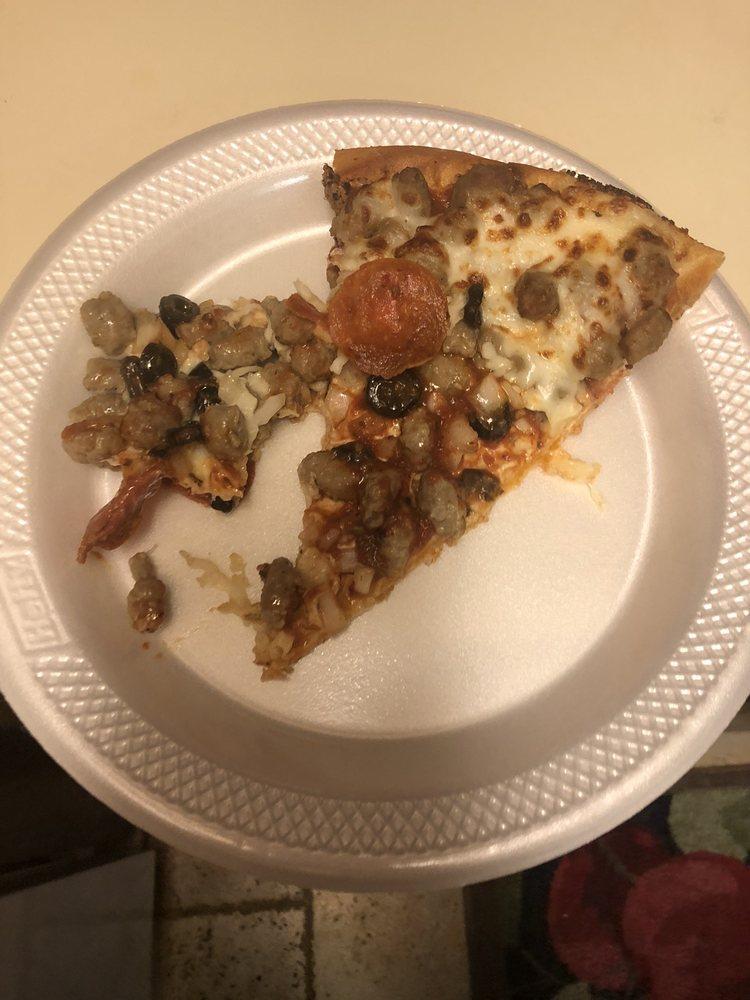 Godfathers Pizza: 1712 N Summit St, Arkansas City, KS