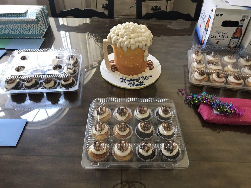 Flour De Lis Bakery: 426 S Main St, De Soto, MO