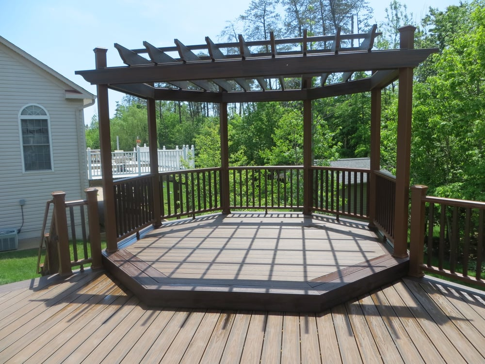 Trex Multi Level Octagon Deck With Matching Pergola Yelp