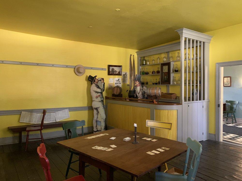Lemon House: 111 Federal Park Rd, Gallitzin, PA
