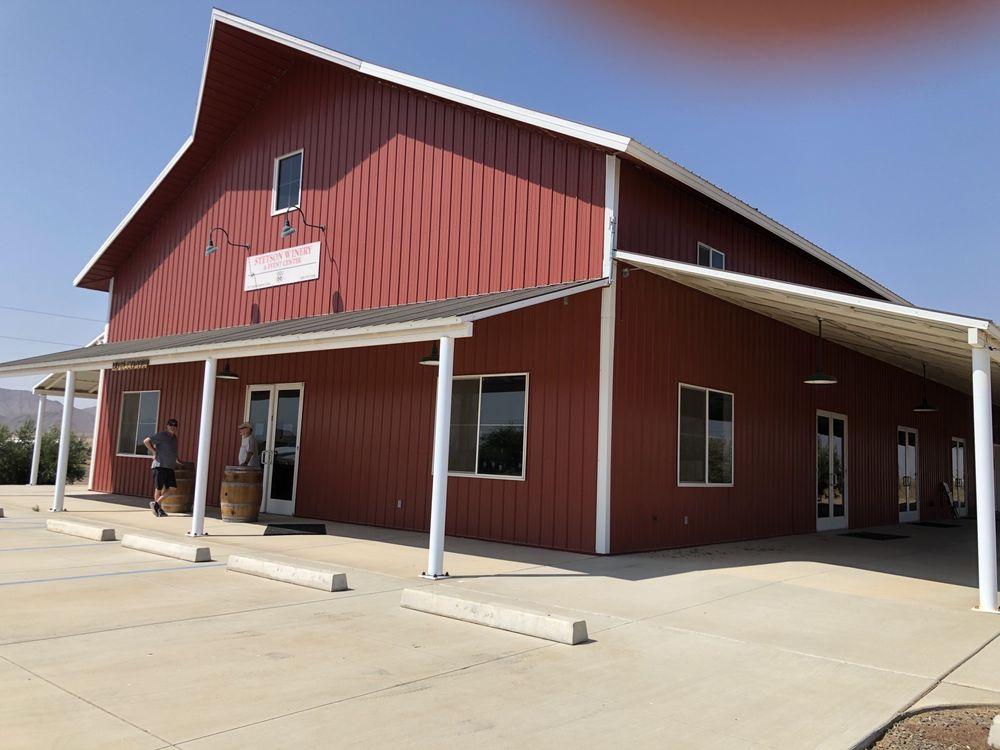 Stetson Winery: 10965 N Moonscape Way, Kingman, AZ