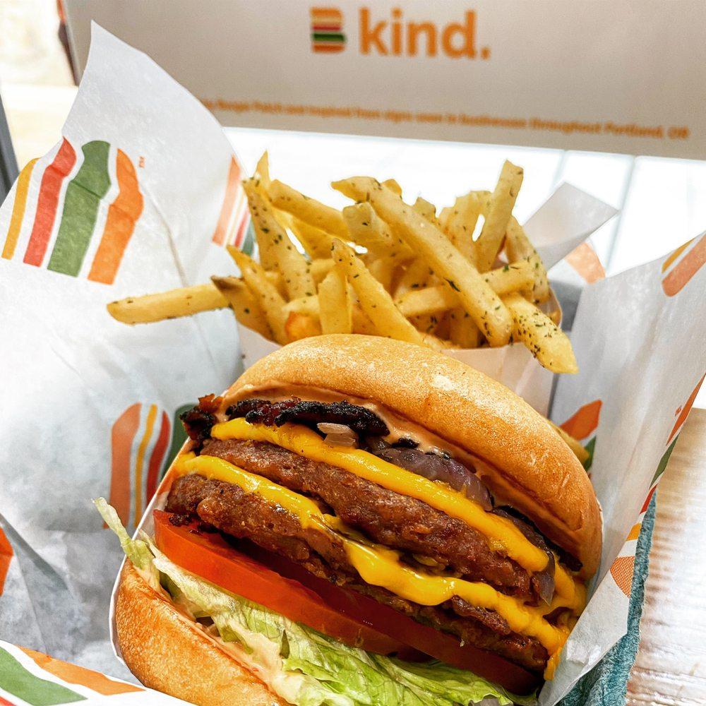 Burger Patch - Davis: 500 1st St, Davis, CA