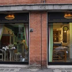 Tonsoni negozi d 39 arredamento via niccol paganini 46 for Negozi di arredamento firenze