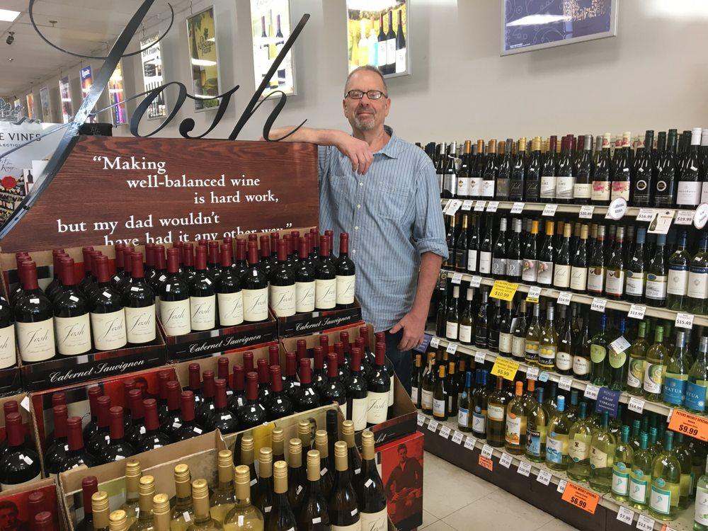 Peter's Discount Liquors: 628 S Main St, North Syracuse, NY