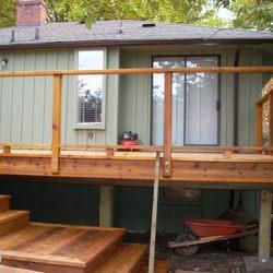 Foto Zu Ridgewood Construction   Victoria, BC, Kanada. Cedar Deck And  Stairs,