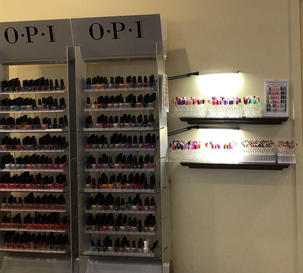 Star Nails & Spa: 2733 18th St, Kenosha, WI
