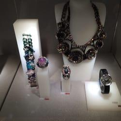 8cf82a863588 Swarovski - Jewellery - 3035 Boulevard le Carrefour